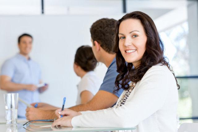 Umschulung-Kaufmann-Kauffrau-für-BüromanagementErwachsenenbildung-IHK-